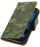 Donker Groen Lace / Kant Design Bookcover Hoesje voor Samsung Galaxy J1 2015