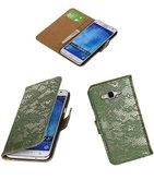 Hoesje voor Samsung Galaxy J5 2015 Lace Kant Booktype Wallet Donker Groen