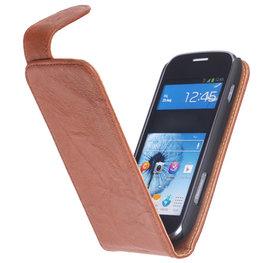 BestCases Bruin Hoesje voor HTC One M8 Kreukelleer Flipcase