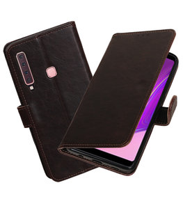 Hoesje voor Samsung Galaxy A9 2018 Pull-Up Booktype Mocca