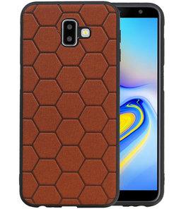 Hexagon Hard Case voor Samsung Galaxy J6 Plus Bruin