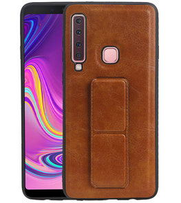 Grip Stand Hardcase Backcover voor Samsung Galaxy A9 (2018) Bruin
