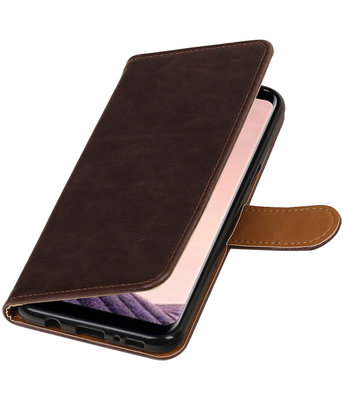 Hoesje voor LG Q8 Pull-Up booktype mocca