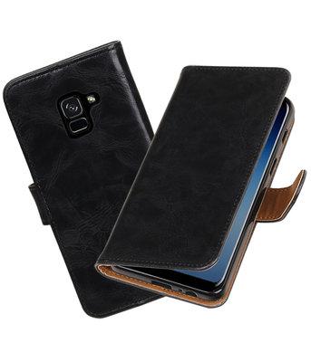 Hoesje voor Samsung Galaxy A8 2018 Pull-Up booktype zwart