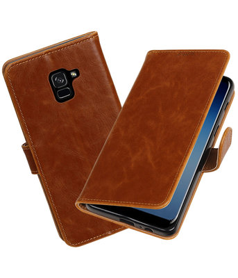Hoesje voor Samsung Galaxy A8 Plus 2018 Pull-Up booktype bruin