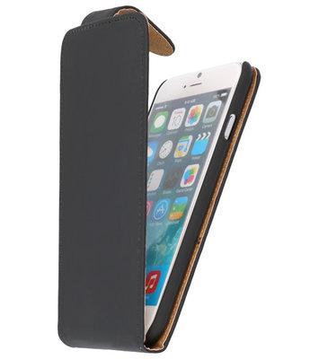 Zwart Effen Classic Flip Hoesje voor iPhone 7 / 8