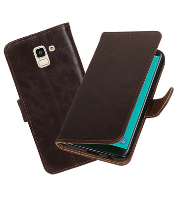 Hoesje voor Samsung Galaxy J6 Pull-Up Booktype Mocca