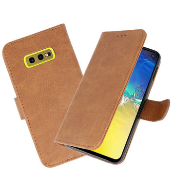 Bookstyle Wallet Cases Hoesje voor Samsung Galaxy S10e Bruin