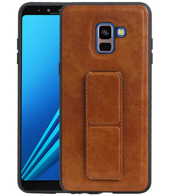 Grip Stand Hardcase Backcover voor Samsung Galaxy A8 (2018) Bruin