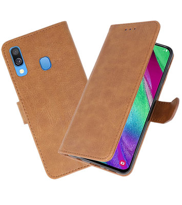 Bookstyle Wallet Cases Hoesje voor Samsung Galaxy A40 Bruin